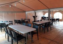 voor communiefeest of lentefeest,huur deze tent, wij leveren het volgende