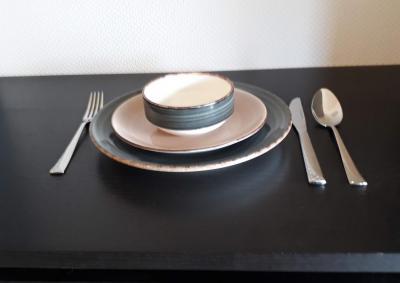 verhuur van borden en bestek